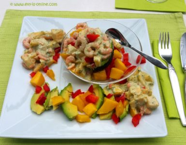 Gefüllte Avocado mit Shrimps